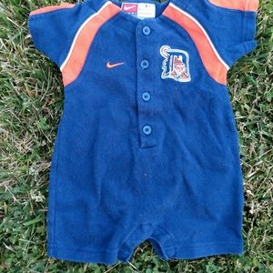 Detroit Tigers Nike Onesie Embroidered front/ b